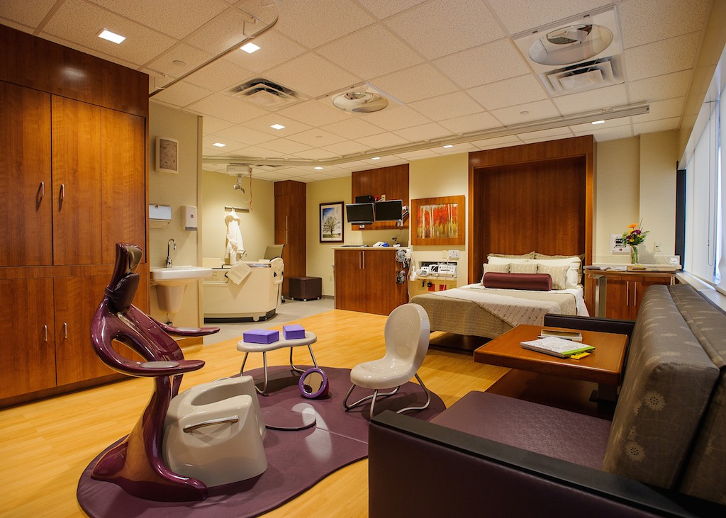 Image of BirthRite Floor Studio at University of Missouri Women's and Children's Hospital, USA